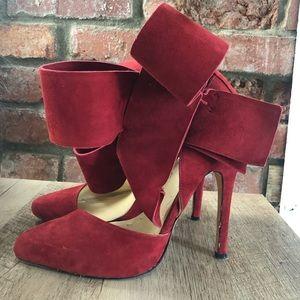 Aminah Abdul Jillil Red Bow Heels